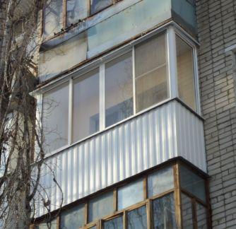 Услуги - остекление и внутренняя отделка балконов и лоджий в.