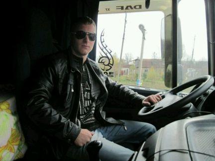 водитель частник на час москва с фото бренди рабочий