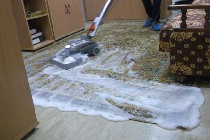 Чистка дивана пылесосом кирби